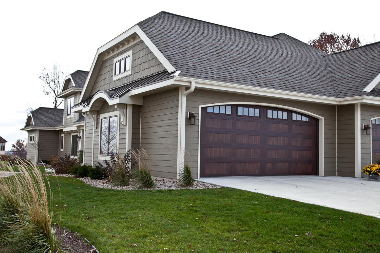 Spacious middleton home exterior renovations madison for Middleton home